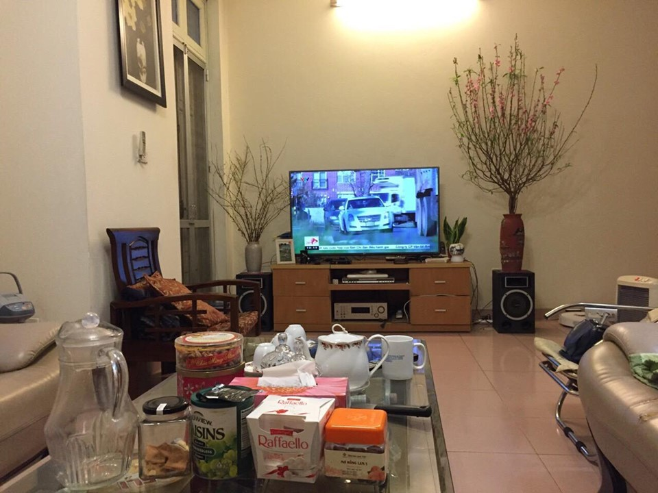 4-floor house for rent, alley 191 Lac Long Quan, Tay Ho, Hanoi 10