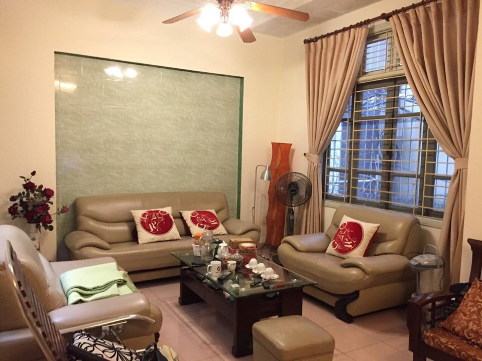 4-floor house for rent, alley 191 Lac Long Quan, Tay Ho, Hanoi 11