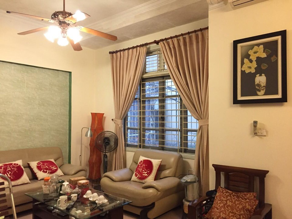 4-floor house for rent, alley 191 Lac Long Quan, Tay Ho, Hanoi 12
