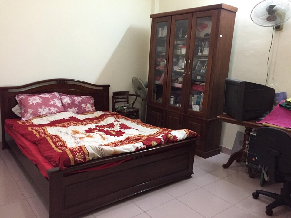 4-floor house for rent, alley 191 Lac Long Quan, Tay Ho, Hanoi 8