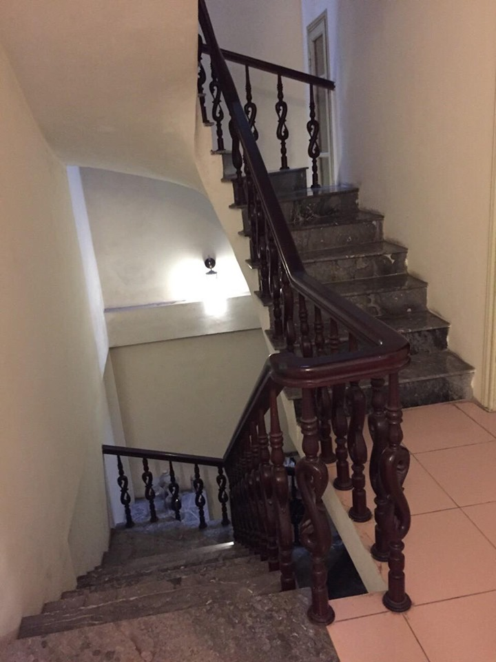 4-floor house for rent, alley 191 Lac Long Quan, Tay Ho, Hanoi 9