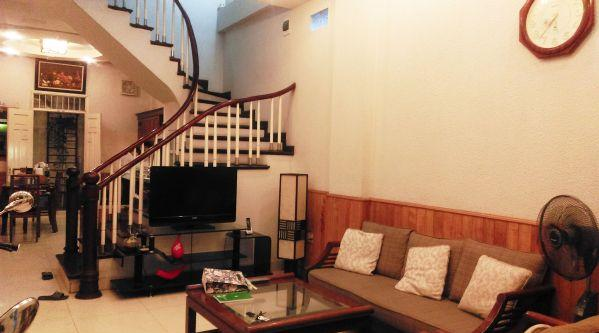 5 bedrooms house for rent in Van Chuong lane, Dong Da district, Hanoi