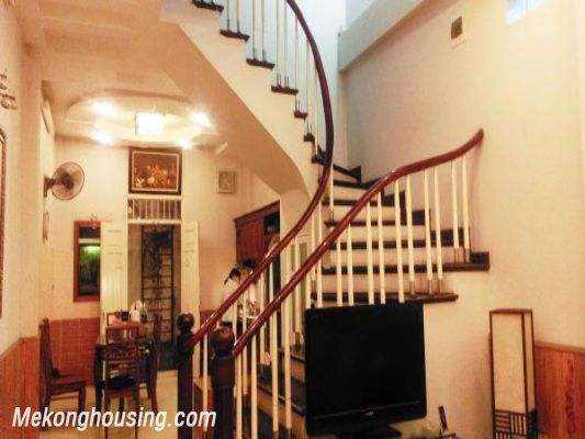 5 bedrooms house for rent in Van Chuong lane, Dong Da district, Hanoi 4