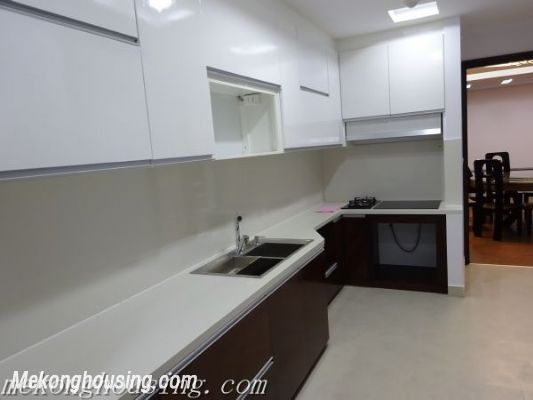 A high-rank  apartment MANDARIN for rent in Hoang Minh Giam 11