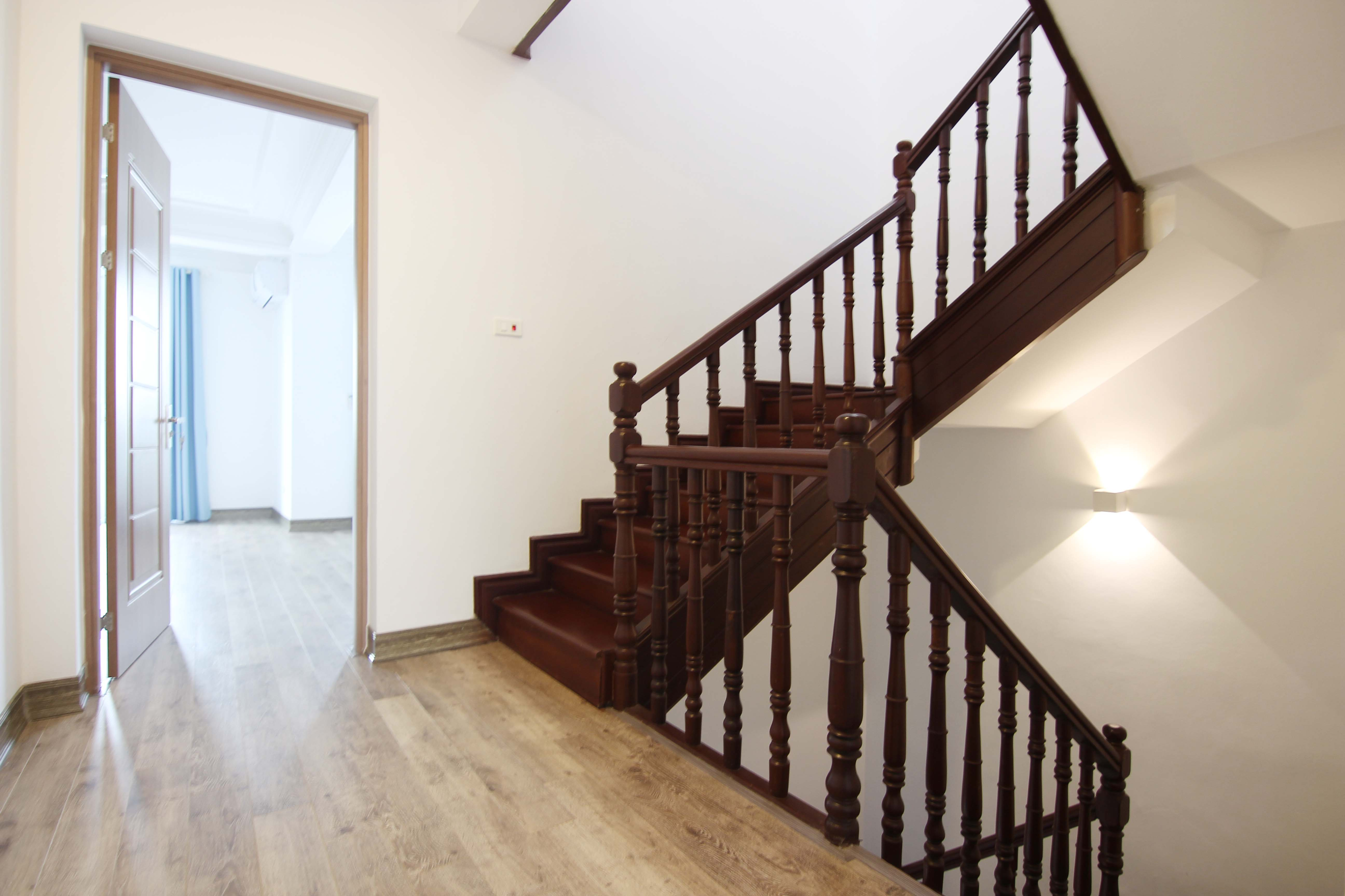 A lovely villa with 5 bedroom for rent on Xom Chua street, Tay Ho district 21