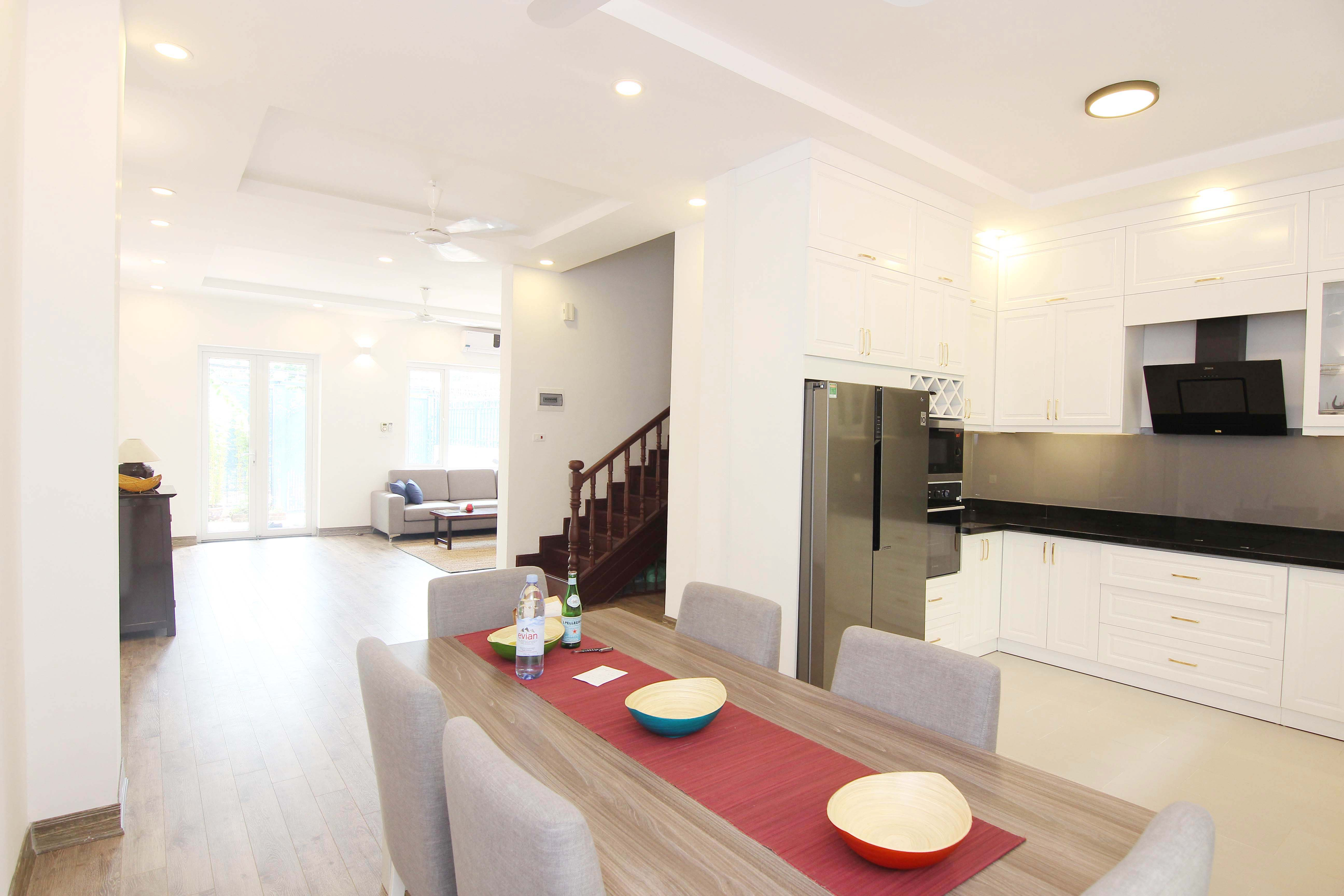 A lovely villa with 5 bedroom for rent on Xom Chua street, Tay Ho district 3