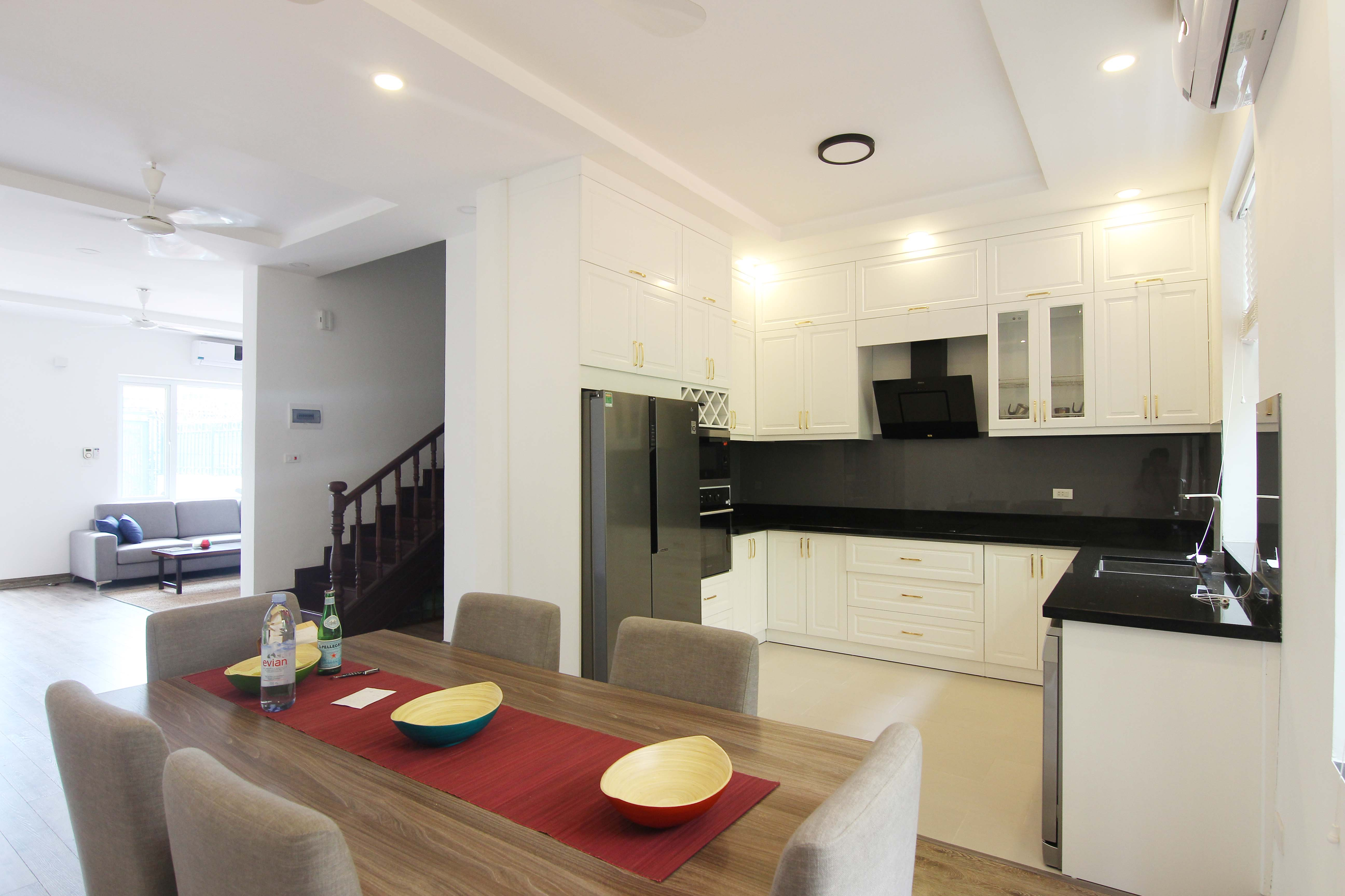 A lovely villa with 5 bedroom for rent on Xom Chua street, Tay Ho district 6