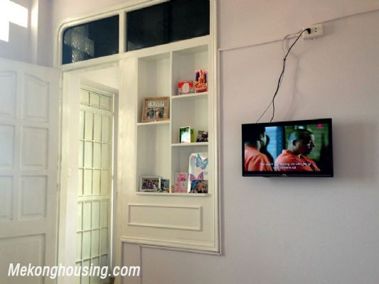 A nice serviced apartment with 1 bedroom for rent in Vong Thi street, Tay Ho district 2