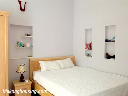 A nice serviced apartment with 1 bedroom for rent in Vong Thi street, Tay Ho district 4