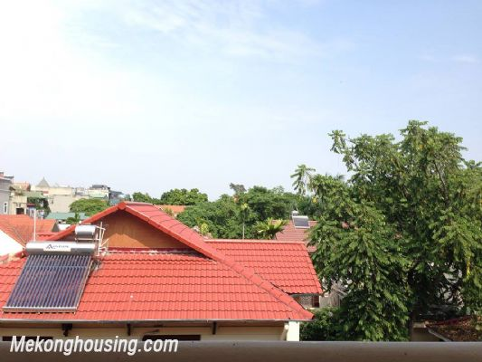 A nice serviced apartment with 1 bedroom for rent in Vong Thi street, Tay Ho district 9