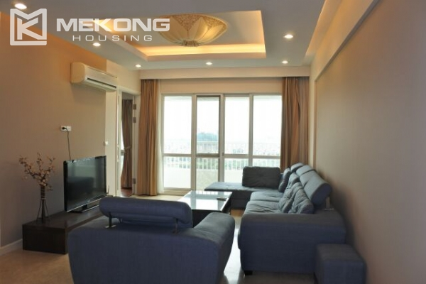 A well designed 182 m2 apartment with 3 bedrooms on high floor in P tower, Ciputra Hanoi 3