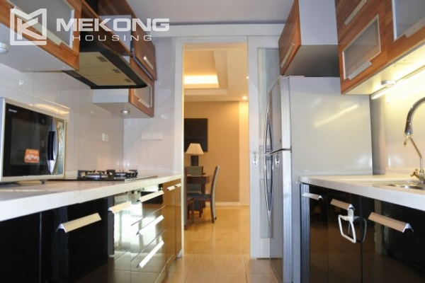 A well designed 182 m2 apartment with 3 bedrooms on high floor in P tower, Ciputra Hanoi 7