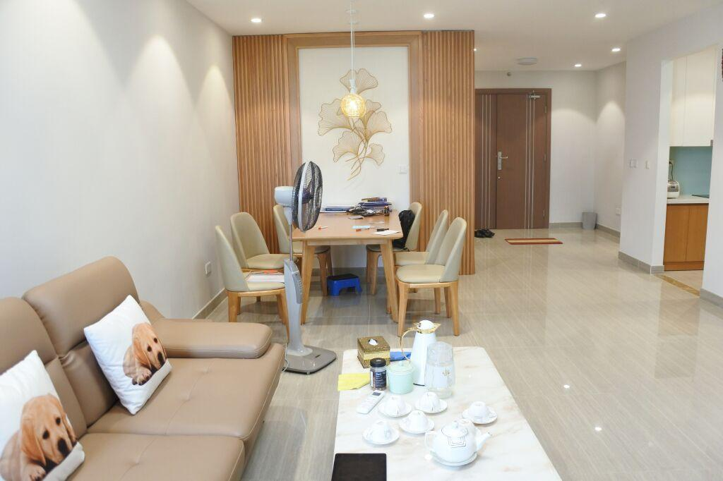 Apartment for rent in L4 building in Ciputra, area of 114 sqm ,designed with 3 bedrooms