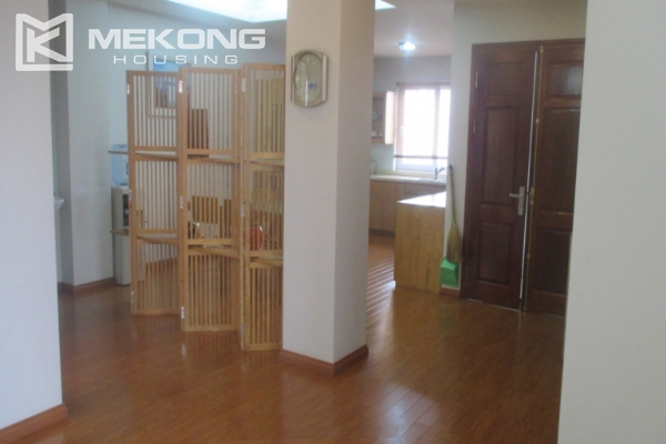 Apartment for rent near Vincom Center, in Thai Phien street 6