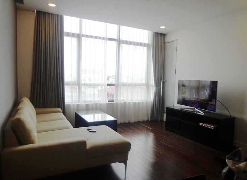 Beautiful 2 bedroom apartment with modern furniture for rent in Lancaster tower, 20 Nui Truc, Ba Dinh, Hanoi