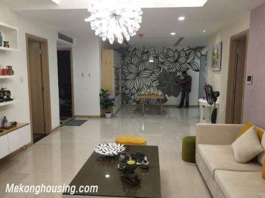 Beautiful and modern apartment for rent in Thang Long Number One, Cau Giay, Hanoi 4