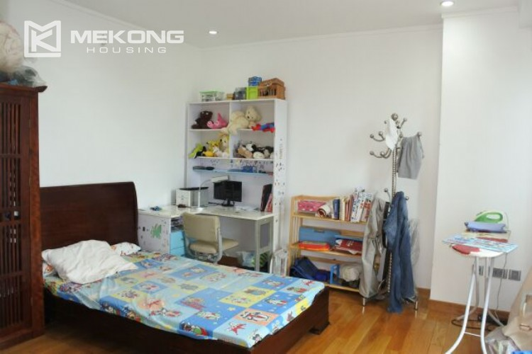 Beautiful apartment for rent in L2 tower with 3 bedrooms 1