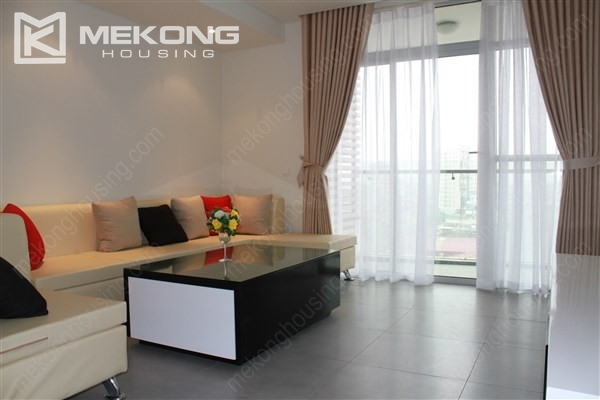 Beautiful apartment with 2 bedrooms on middle level in Watermark Lac Long Quan 1