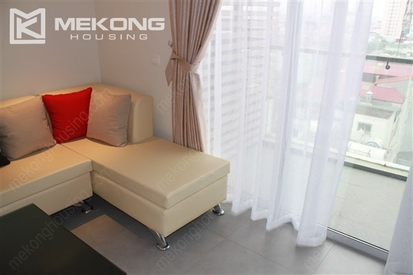 Beautiful apartment with 2 bedrooms on middle level in Watermark Lac Long Quan 5