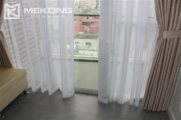 Beautiful apartment with 2 bedrooms on middle level in Watermark Lac Long Quan 6