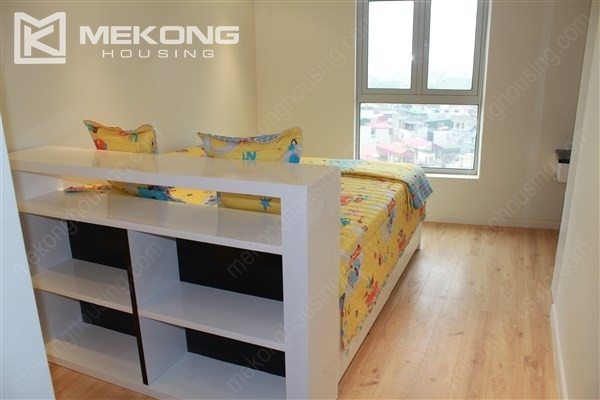 Beautiful apartment with 2 bedrooms on middle level in Watermark Lac Long Quan 8