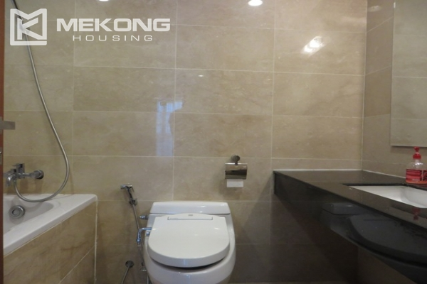 Beautiful apartment with 3 bedroom and modern furniture for rent in L building, Ciputra Hanoi 11