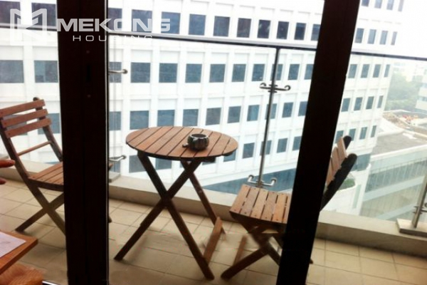 Beautiful apartment with 3 bedrooms for rent in Indochina Plaza Hanoi 3