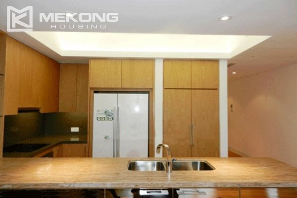 Beautiful apartment with 3 bedrooms for rent in Indochina Plaza Hanoi 6