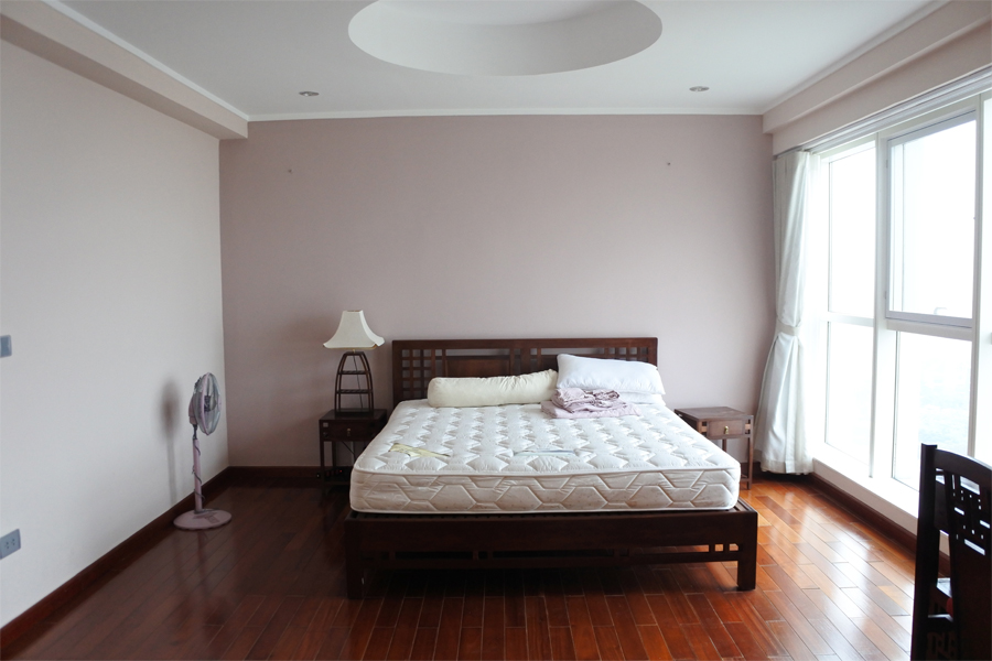 Beautiful apartment with 3 bedrooms on high floor in L2 tower, Ciputra Hanoi 7