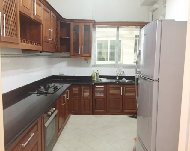 Beautiful apartment with 4 bedrooms and modern furniture in E5 tower, Ciputra Hanoi 5