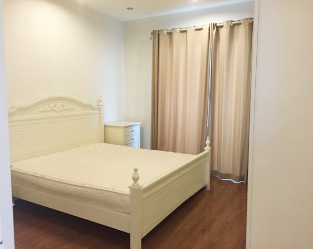 Beautiful apartment with 4 bedrooms and modern furniture in E5 tower, Ciputra Hanoi 6