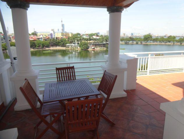 Beautiful apartment with Truc Bach lake view for rent in Tran Vu, Ba Dinh, Hanoi