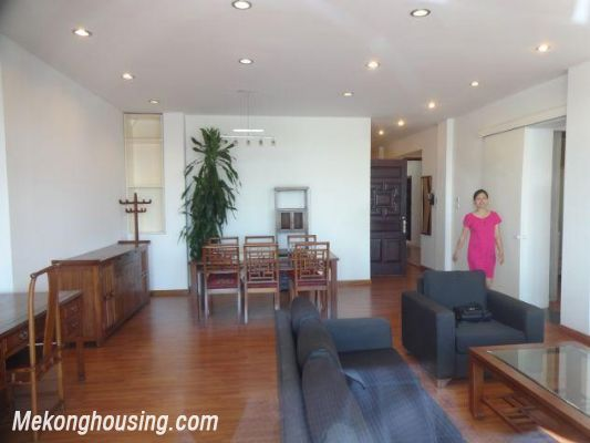 Beautiful apartment with Truc Bach lake view for rent in Tran Vu, Ba Dinh, Hanoi 3
