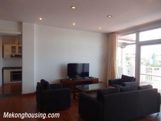 Beautiful apartment with Truc Bach lake view for rent in Tran Vu, Ba Dinh, Hanoi 5