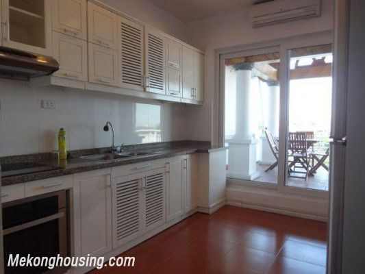 Beautiful apartment with Truc Bach lake view for rent in Tran Vu, Ba Dinh, Hanoi 6