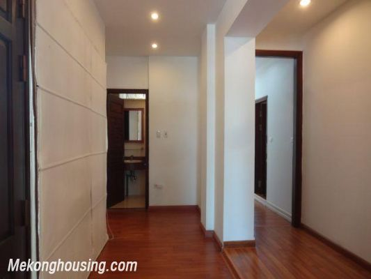 Beautiful apartment with Truc Bach lake view for rent in Tran Vu, Ba Dinh, Hanoi 13