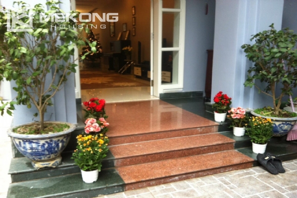 Beautiful house with 4 bedrooms for rent in C4 block, Ciputra Hanoi 1