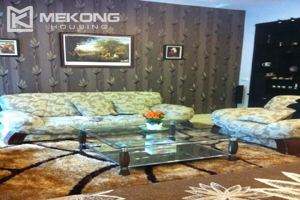 Beautiful house with 4 bedrooms for rent in C4 block, Ciputra Hanoi 4