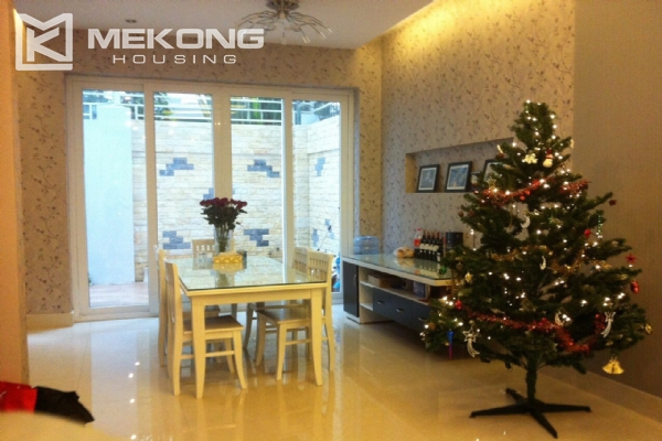 Beautiful house with 4 bedrooms for rent in C4 block, Ciputra Hanoi 13