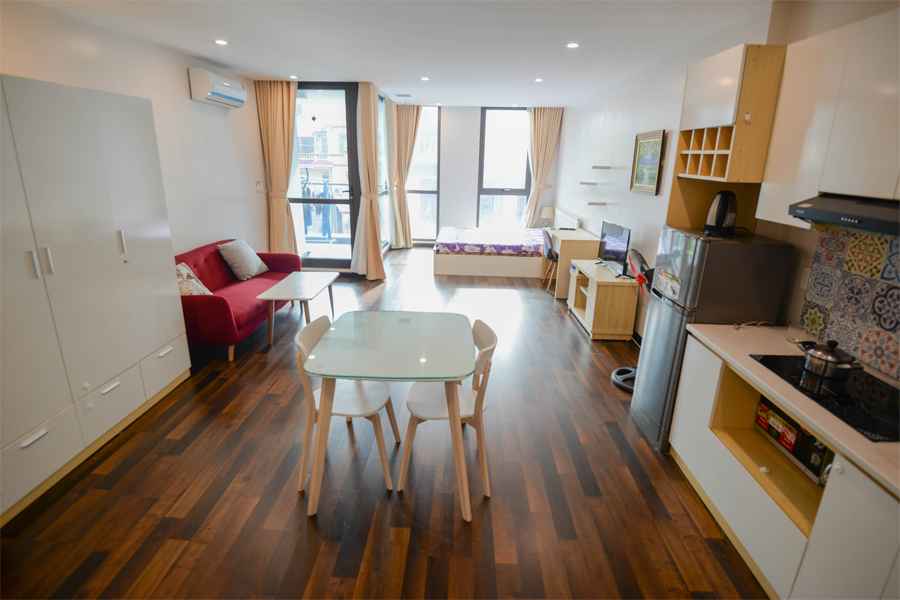 Beautiful studio aparment for rent on Vong Thi street, Tay Ho