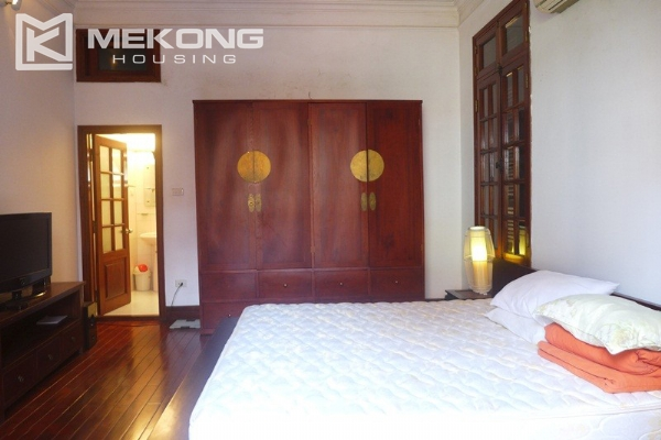 Big villa for rent in Nghi Tam with fully furnished 9