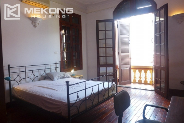 Big villa for rent in Nghi Tam with fully furnished 13