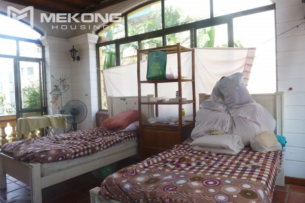 Big villa for rent in Nghi Tam with fully furnished 15