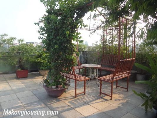 Bight serviced apartment with 2 bedrooms for rent in Lac Long Quan street, Tay Ho district, Hanoi 12