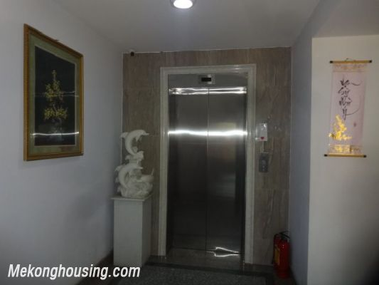 Bight serviced apartment with 2 bedrooms for rent in Lac Long Quan street, Tay Ho district, Hanoi 16