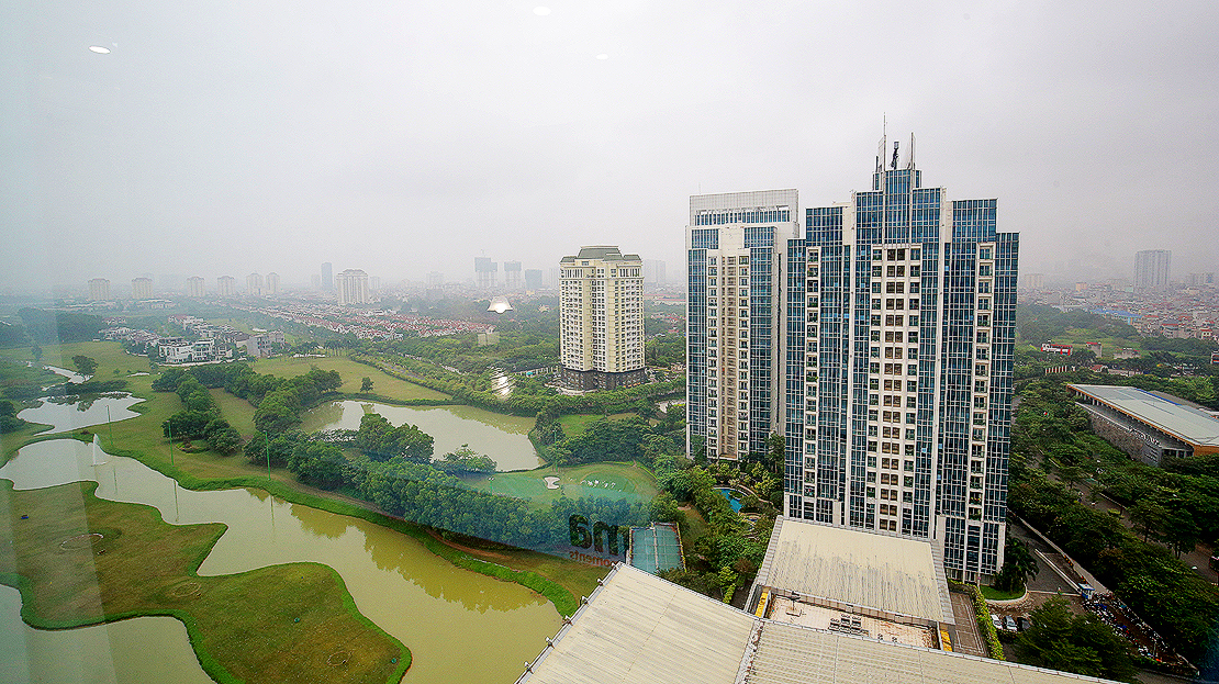 Brand new 3 bedroom apartment with Golf course view for rent in L3 Ciputra The Link 23