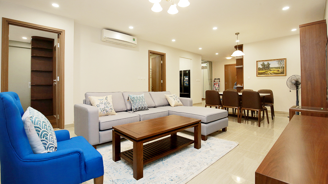 Brand new 3 bedroom apartment with Golf course view for rent in L3 Ciputra The Link 4