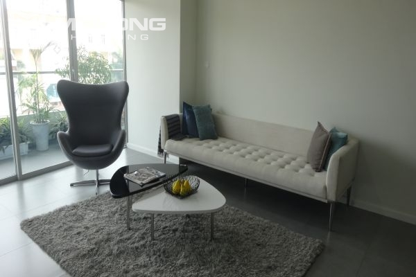 Brand new apartment with 2 bedrooms for rent in Watermark Lac Long Quan 4