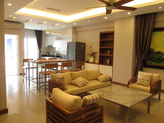 Brand new apartment with 3 bedrooms on high floor for rent in Vuon Dao building, 689 Lac Long Quan, Tay Ho, Hanoi