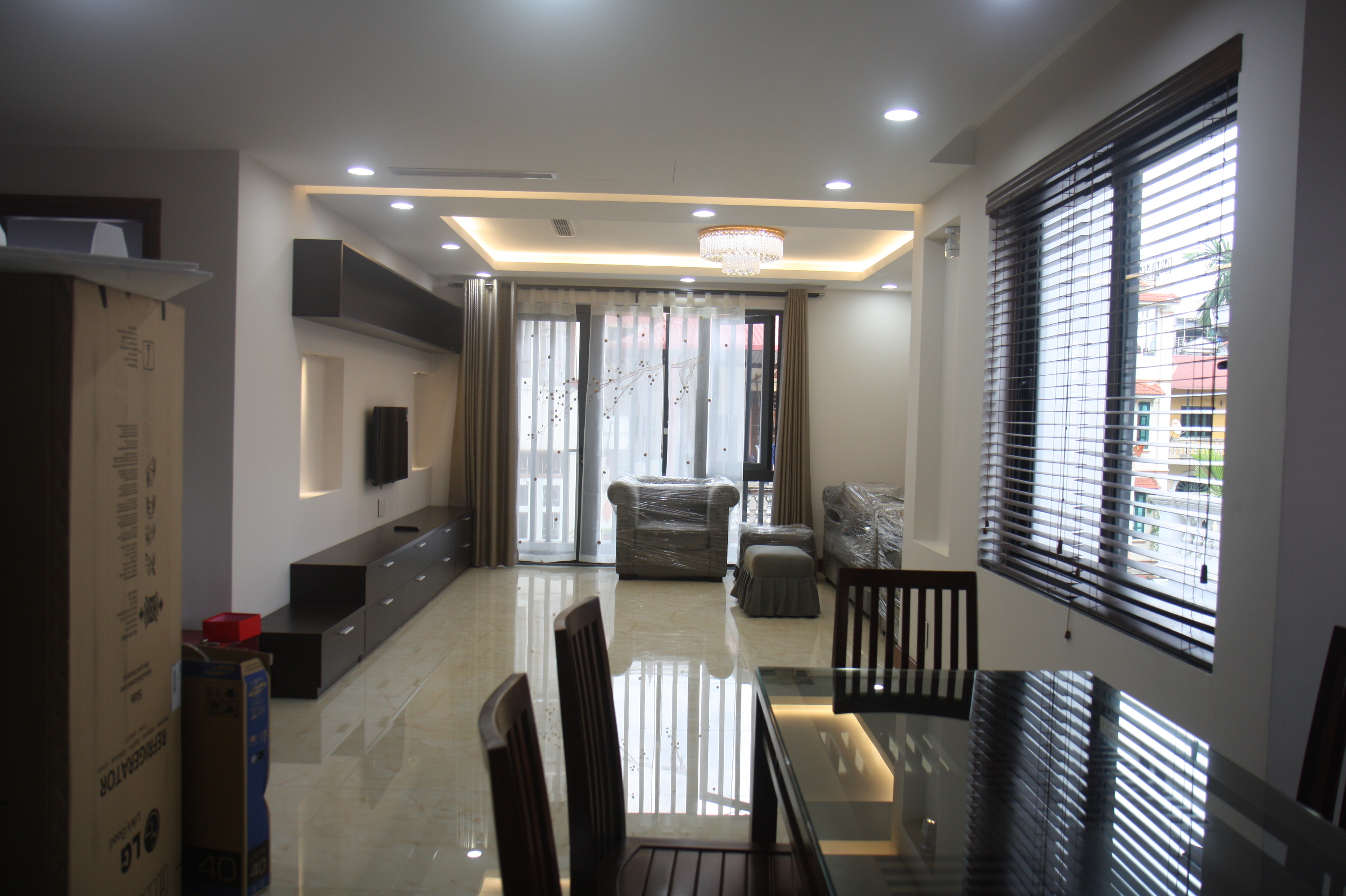 Brand new serviced apartment with 3 bedroom for rent in Trich Sai street, Tay Ho district, Hanoi.